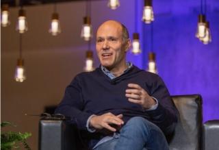 Expedia獲32億美元融資 任命Peter Kern為新CEO
