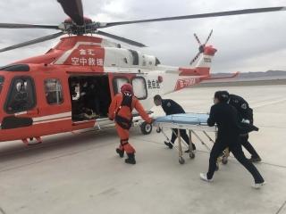 敦煌機場保障全國首例高高原野外山區應急救援飛行