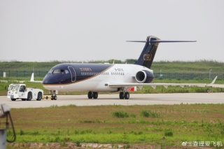国产支线客机ARJ21-700的公务机 (摄影:查理爱飞机)