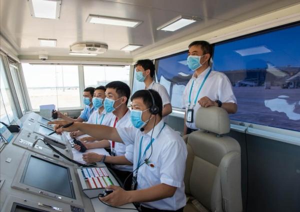 海南空管分局保障海口美兰机场扩建项目首场飞行校验圆满成功