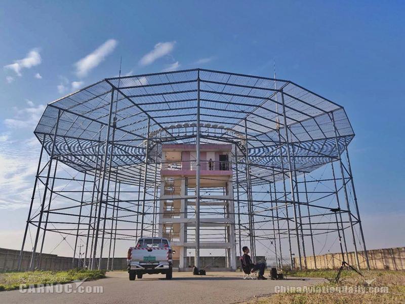合肥机场积极防汛维护导航设备安全