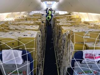 """喀什機場""""客改貨""""航班助力貨量增長"""