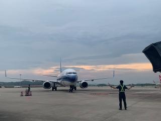 南航助力 揭陽潮汕機場新開西雙版納=湛江=揭陽航線