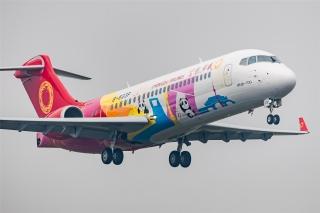 ARJ21飛機載客逾100萬人次