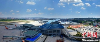 """兰州中川机场通航五十载:让甘肃""""握紧""""世界的手"""
