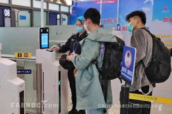 自助验证闸机助力昆明机场智慧化建设