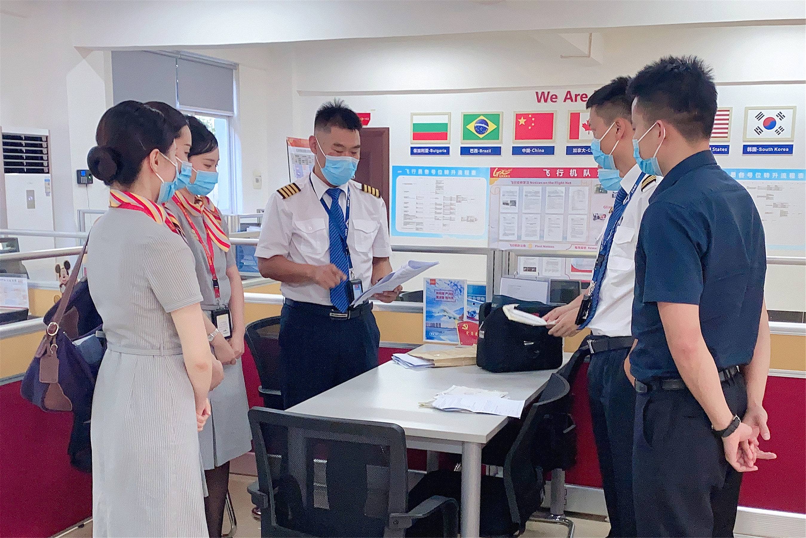 北部湾航空飞行教员张海峰:退役不退志!牢记使命 翱翔蓝天