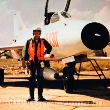杨和平同志1982年第一次参加对越自卫反击战空中巡逻作战任务