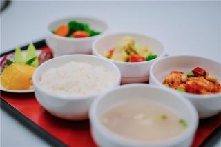 """以""""舒心""""为理念 海南航空飞机餐再升级"""