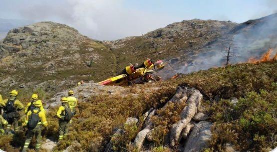 葡萄牙一架飞机在执行救火任务时坠毁