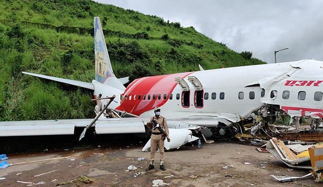 印度卡利卡特机场空难 营救人员累计32人感染新冠