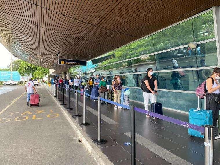 哥伦比亚19日恢复国际商业客运航班