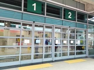 澳门机场统一为进入候机楼人士测量体温和检查健康码