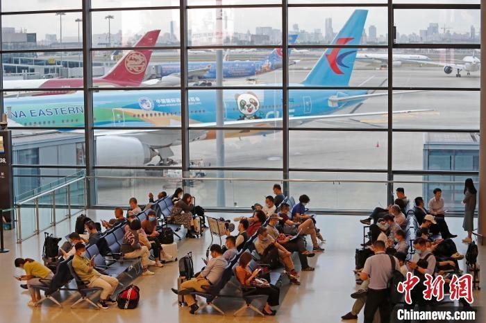 双节客流量预计全面回升 上海各大航司开启加班模式