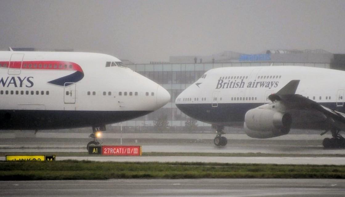 视频:再见空中女王!英航747完成告别飞行