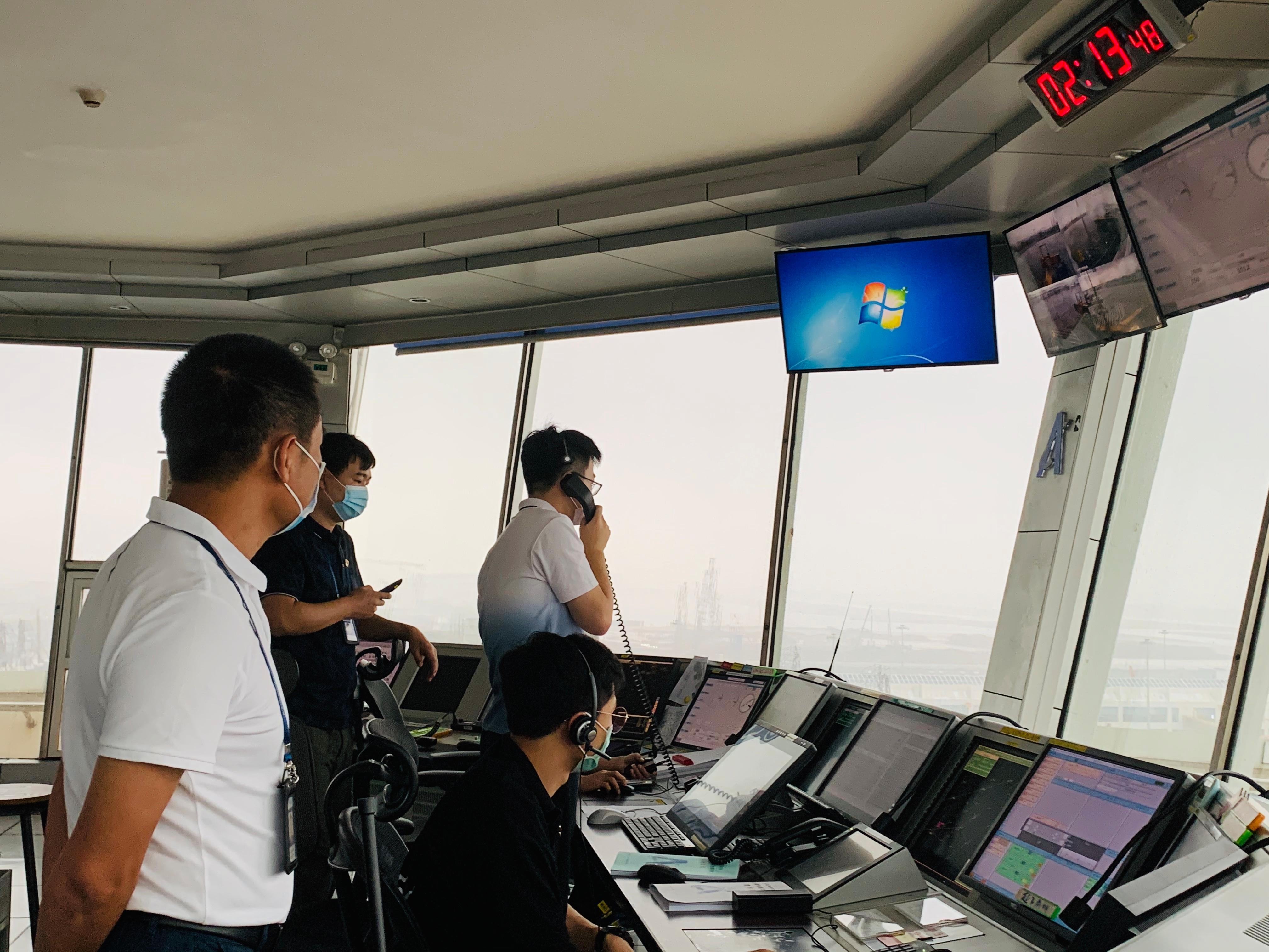 珠海空管站管制运行部完成国庆中秋双节飞行保障