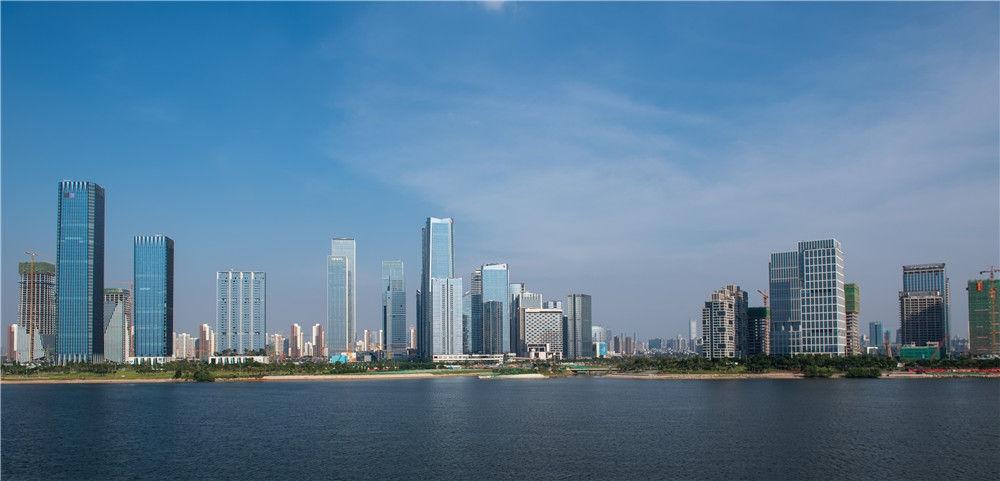 深圳前海片区景色(10月12日摄)。新华社记者