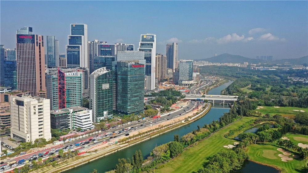 深圳大沙河两岸景色(1月7日摄,无人机照片)。新华社记者