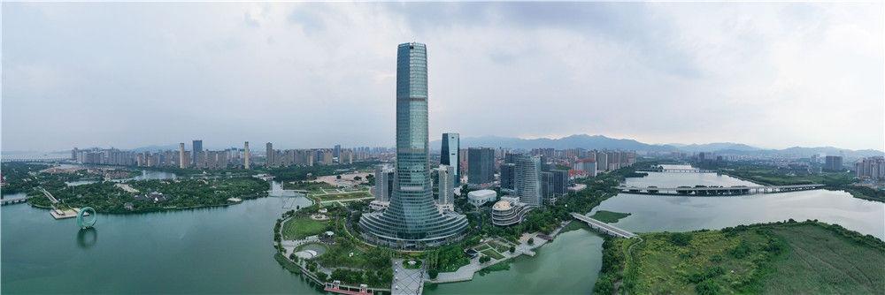 厦门集美新城景色(9月2日摄,无人机全景照片)。新华社记者