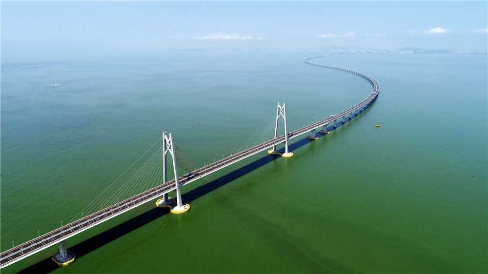 港珠澳大桥(2018年7月11日摄,无人机照片)。新华社记者