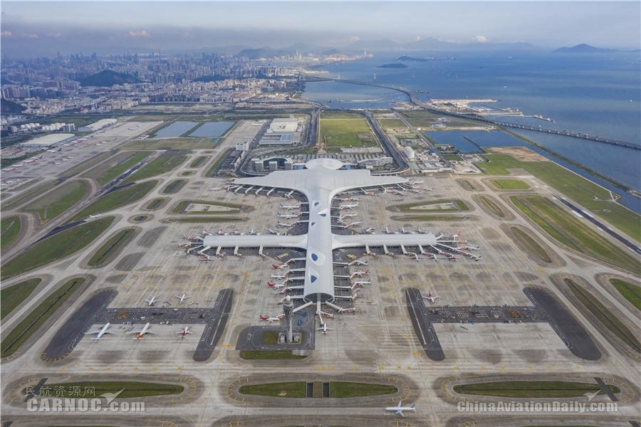 """从一片滩涂到全球最繁忙机场——深圳机场发展之变折射""""城市之光"""""""