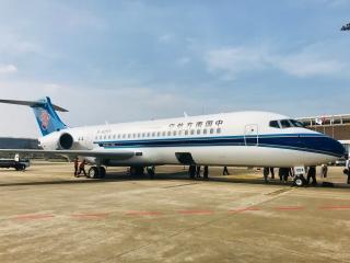 飞机租赁新业态!海口美兰国际机场顺利完成 ARJ21-700国产飞机落地保障工作