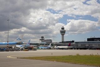 史基浦机场9月货运航班上涨65.7% 增至2096架次