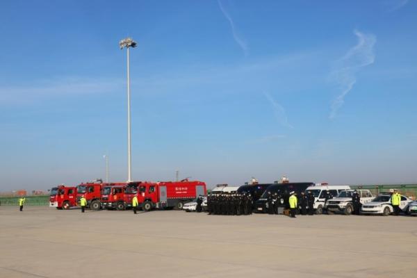 图片 敦煌莫高国际机场成功举行2