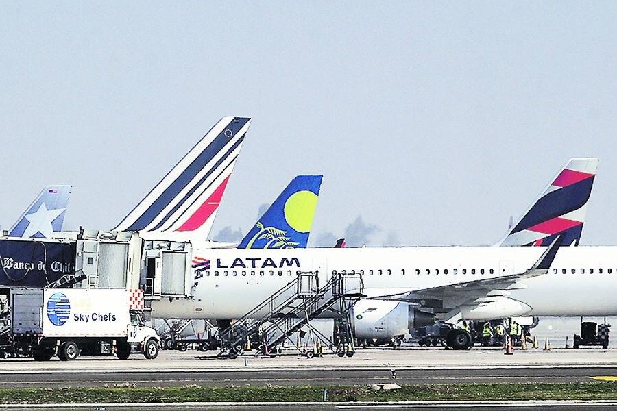 智利新冠肺炎累计确诊超55万 多家航空公司因违反防疫规定被罚