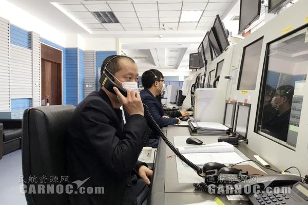 两万尺高空旅客突发心脏病 哈尔滨飞烟台航班安全返航