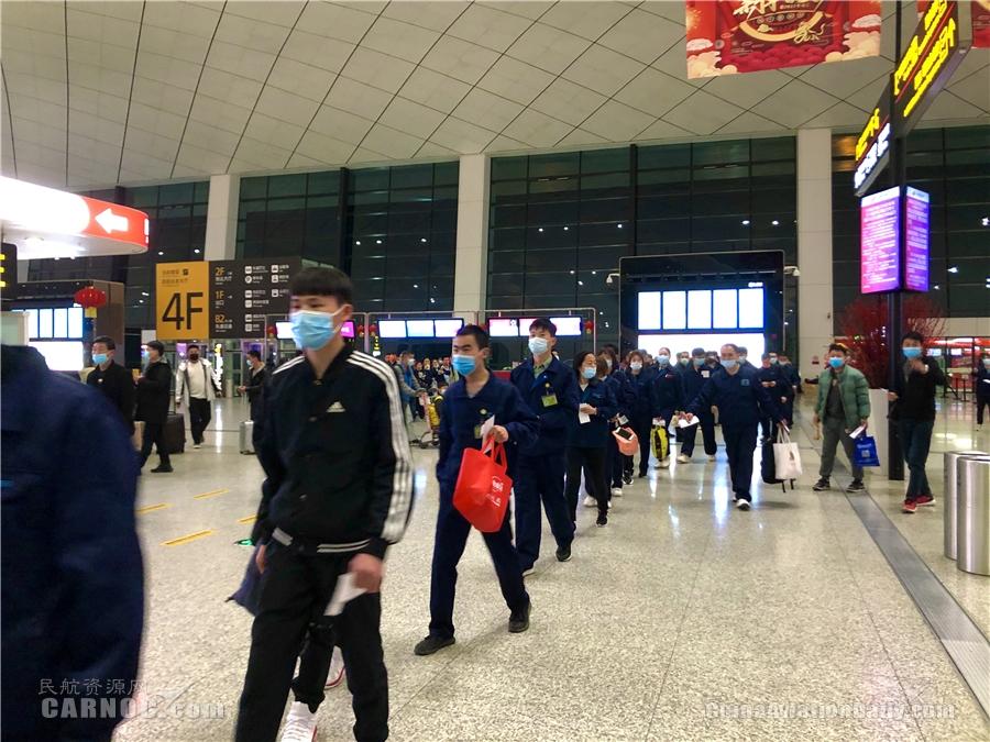 西部航空顺利保障郑州—珠海复工包机航班