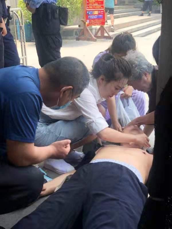 南航空姐3个循环CPR