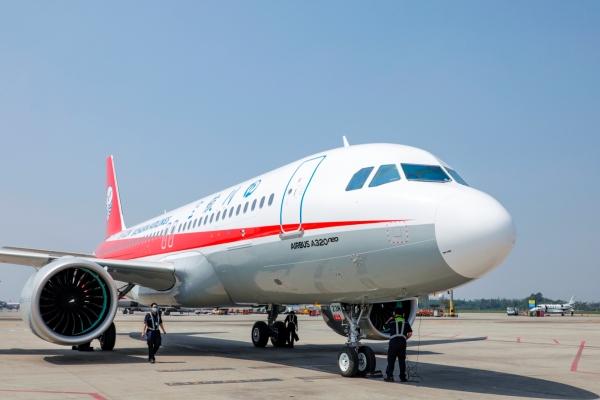 """""""十四五""""首架飞机抵蓉 川航机队规模达169架"""