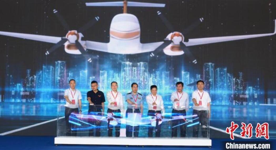 成都淮州机场正式通航