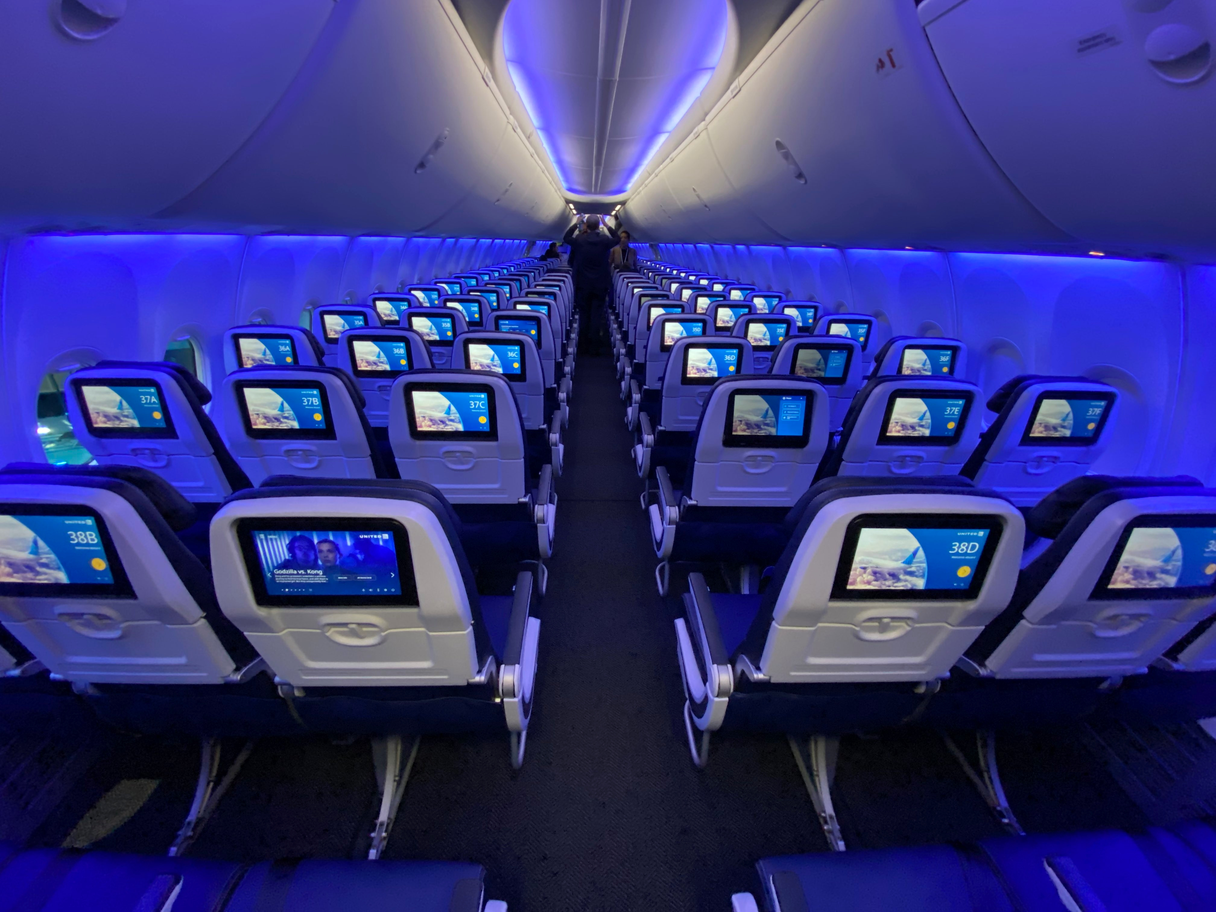 美联航为新客机引入蓝牙耳机功能