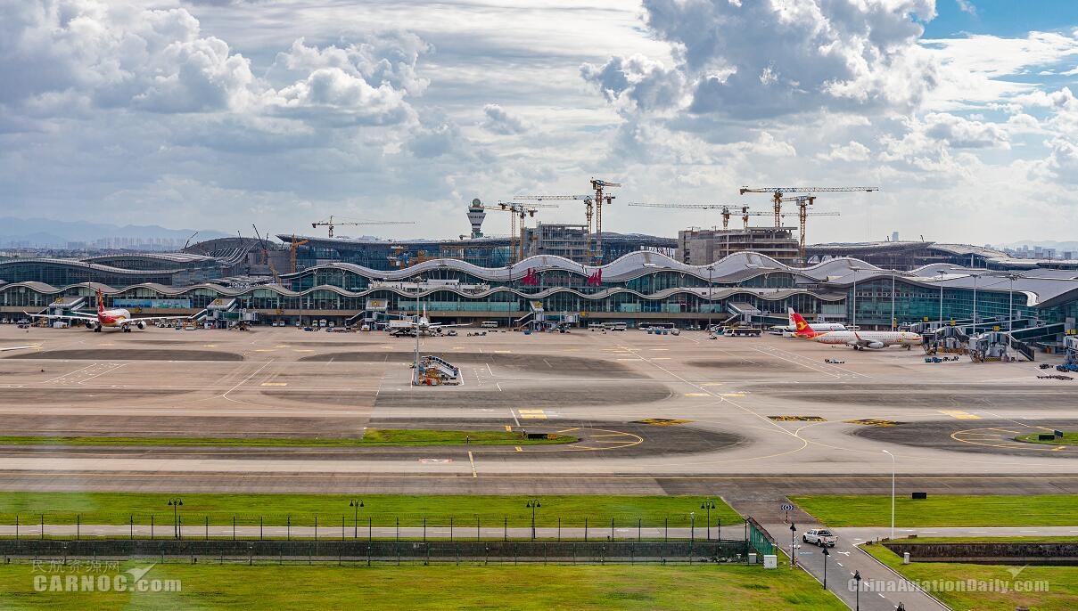 """杭州机场备战台风""""烟花"""" 预计24日晚大量航班取消"""