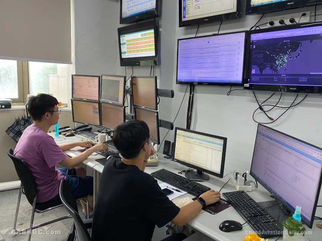 IT部24小时值班全力保障各系统正常运行