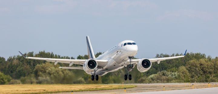 法航首架A220飞机完成首飞 预计下月交付