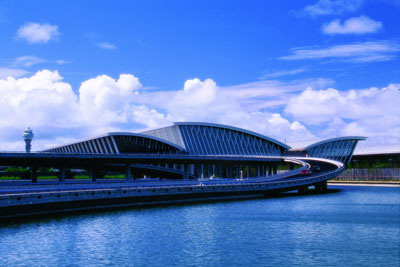 江森自控在设计楼宇自控系统时,充分考虑了上海浦东国际机场地区气候