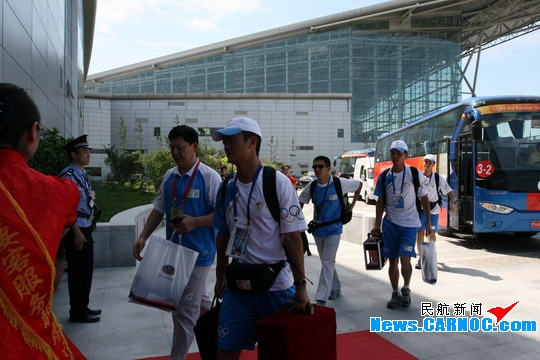 天津滨海国际机场对此次奥运圣火团队包机的保障提前制定了详尽的