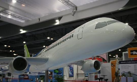 [xmyzl新闻·国内]国产C919大型客机模型首度亮相 - Flyer - T3航站大楼