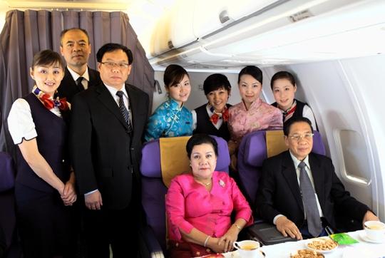 【贴图】东航云南圆满完成老挝