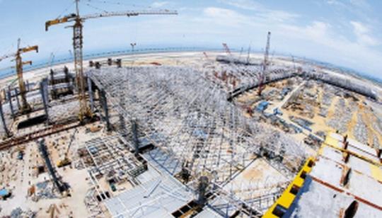 深圳机场T3航站楼初具规模 主体工程6月封顶