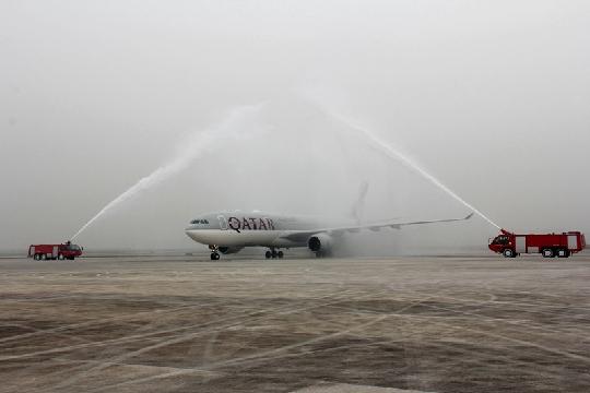 重庆至卡塔尔多哈直航客运航线28日实现首航
