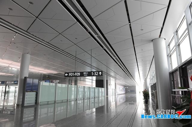 组图 西安咸阳国际机场新建T3航站楼竣工