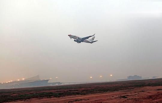 西南管理局成功组织昆明长水机场第一次试飞