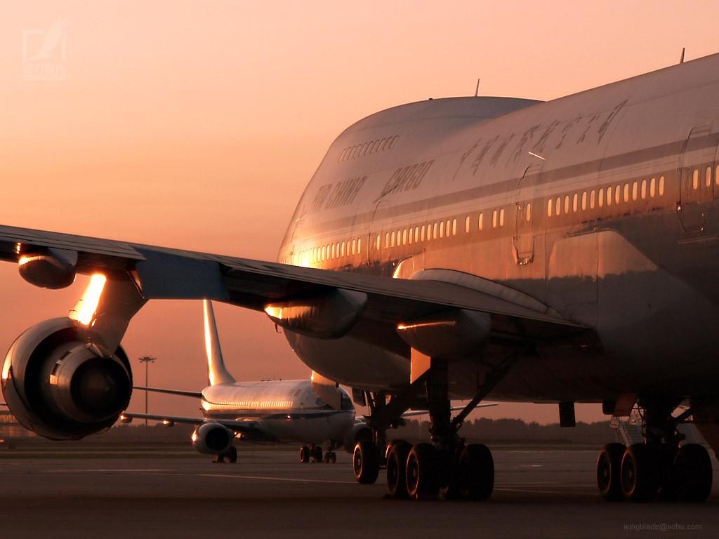 大跹b,:f�Y�ވ��zZ�i���_b-2446 所属公司:中国国际航空公司 飞机型号:boeing 747-200f 发动机